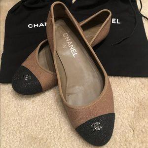 Gorgeous Chanel sparkle 38.5/8 US